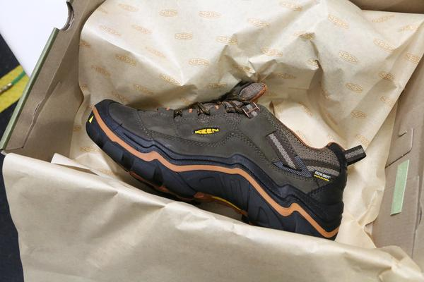 keen-manfacturing-shoe-in-box 600