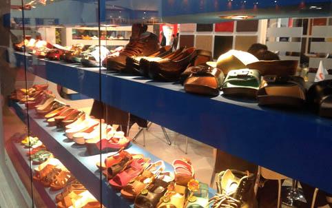 نمایشگاه کفش